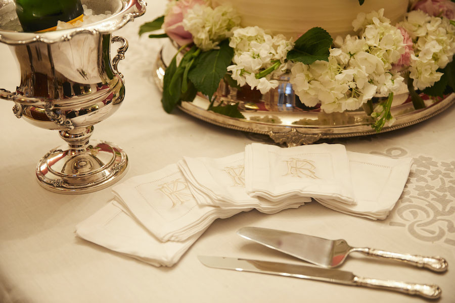 Wedding cake cutlery and table setting
